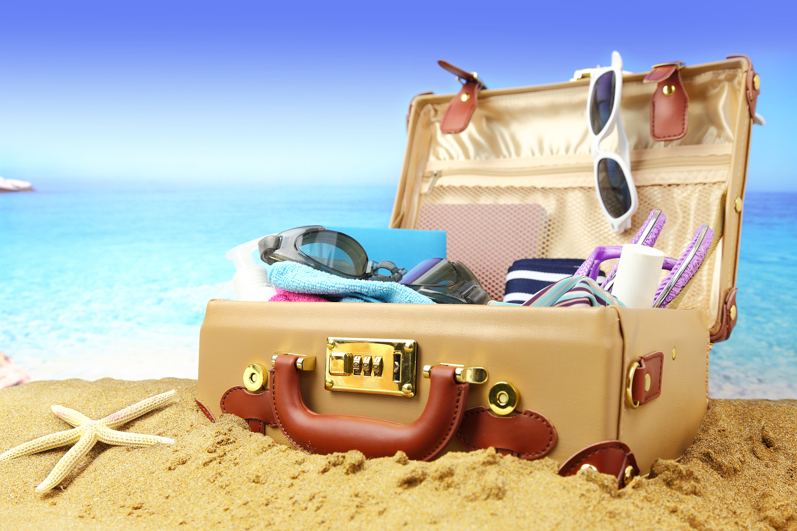 Grand Solmar Timeshare Reveals Best Packing Tips for Summer Travel